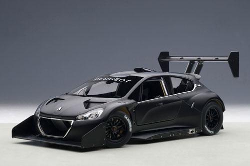 1/18 モデルカー(オートアート・コンポジットモデル) プジョー 208 T16 パイクスピーク 2013年 プレーンボディ(ブラック)[オートアート]《取り寄せ※暫定》