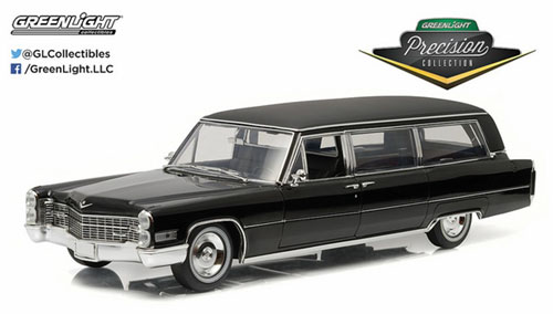 1/18 Precision Collection - 1966 Cadillac S&S Limousine - Black[グリーンライト]【送料無料】《取り寄せ※暫定》