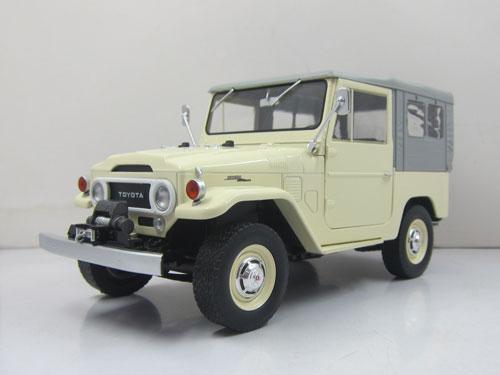 高い品質 1 beige/grey[TRIPLE/18 1967 Diecast Toyota Toyota Land Cruiser FJ40 with closed soft top. Diecast model with opening front doors, beige/grey[TRIPLE 9 COLLECTION]《在庫切れ》, hobbyshop KUME:63ce27d9 --- independentescortsdelhi.in