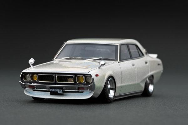 1/43 Nissan Skyline 2000 GT-X (GC110) Metallic White/Purple[イグニッションモデル]《発売済・在庫品》