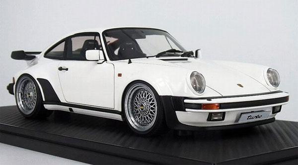 1/18 Porsche911 (930) Turbo White[イグニッションモデル]【送料無料】《03月予約》