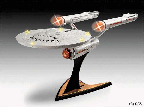 1/600 スタートレック 宇宙大作戦 U.S.S. エンタープライズ NCC-1701( ライト&サウンドユニット付属) プラモデル[ドイツレベル]《04月予約※暫定》