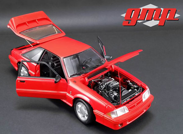 1/18 1993 Ford Mustang Cobra - Red with Black Interior[gmp]【送料無料】《12月仮予約》