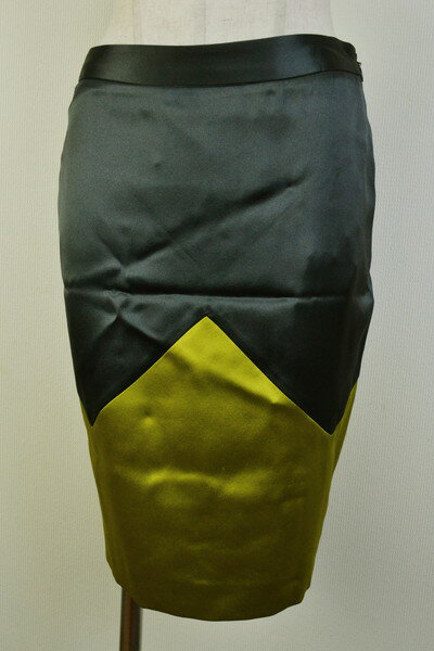 90%OFF 新品 ヴィオネ VIONNET 上質シルクスカート38 LSK971 38(S) 新品正規品ヴィオネのイタリア製シルク素材のタイトスカート