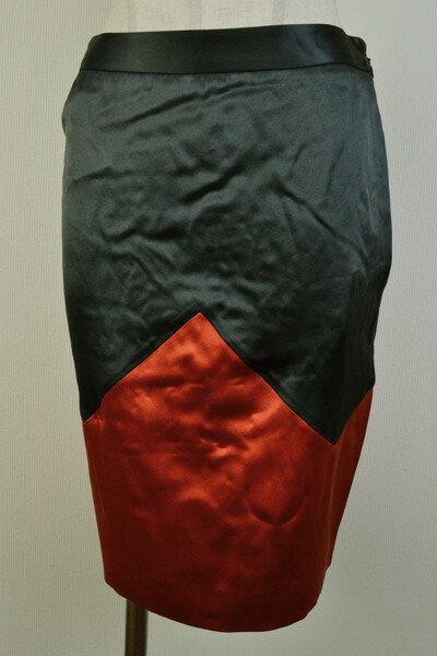 90%OFF 新品 ヴィオネ VIONNET 上質シルクスカート38 LSK972 38(S) 新品正規品ヴィオネのイタリア製シルク素材のタイトスカート