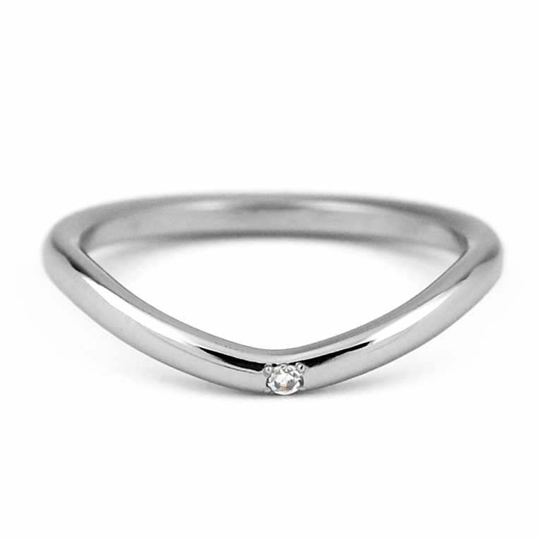 V字ラインチタンリング 天然ダイヤモンド1石 [R0283-WDA]