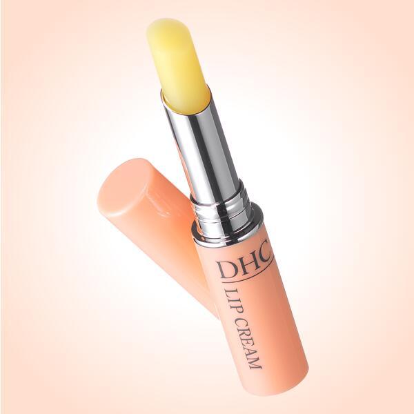 メーカー:DHC DHC 薬用 リップクリーム 1.5g ディーエイチシー リップ クリーム dhc リップ ケア リップスティック 保湿 潤い 唇 荒れ くちびる 乾燥 うるおい ツヤ スキンケア 口紅 下地 ベース dhcリップクリーム 無香料 無着色 パラベンフリー 天然成分配合 べたつかない