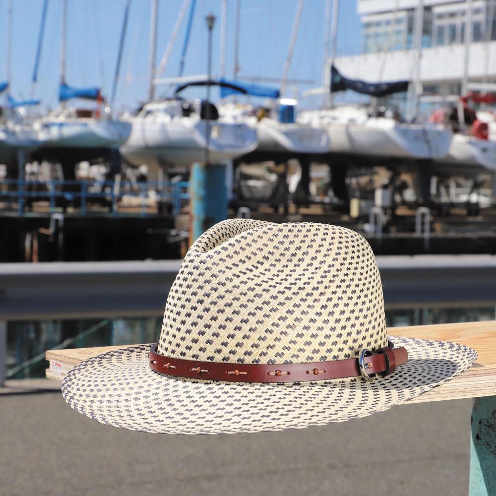 他には無い革バンドのパナマハット 【Barty Blue / バーティー・ムーン(革ベルト仕様)】名入れ対応可 ギフトに最適 1cm毎にサイズ選びができます パナマ帽 エクアドル直輸入 オリジナルのパナマハット