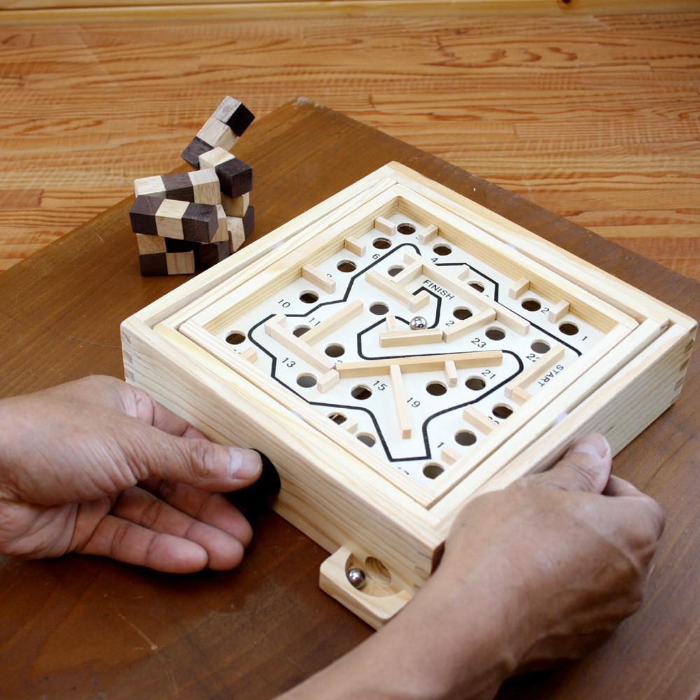 子供から大人まで愉しめる体に優しい木製ゲーム ギフトに最適です これは楽しい 木製バランスゲーム 迷路ゲーム 脳トレ 木製ゲームで頭脳勝負に挑戦 ロックスモーション 右脳の訓練 Maze 評価 誰でも愉しめる ギフトに最適 シンプルだけど難しい木製ゲーム 信用 Gameスモール じっくりと取り組む