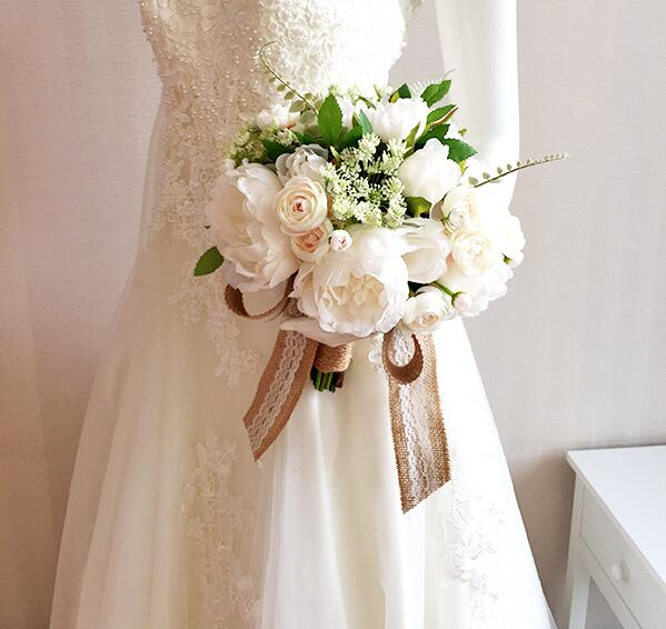 Silk Flowers Wedding Bouquets.A 24cm In Diameter Wedding Bouquet An Artificial Flower A Wedding A Wedding Ceremony The Second Party A Wedding A Concert A Graduating