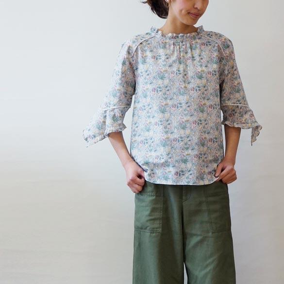 Dress apt ドレスアプト フラワープリント フリル ブラウス (as022)(送料無料)(代引手数料無料)シンプル 花柄 総柄