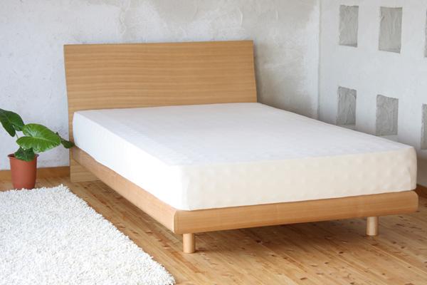 [送料無料]天然木タモ材化粧合板仕上げで、天然木の表情と風合いを活かした美しい仕上げと、優しいカーブデザインでお部屋に自然になじむスタイルの木製ベッド!ベッドでくつろぐためのフレームデザインも特徴的♪[NEW Grande/NA/D/B]