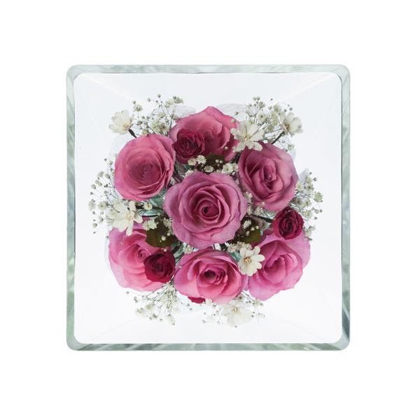 本物の花で、想いを伝える。レンデフロール バラ・千鳥草・かすみ草