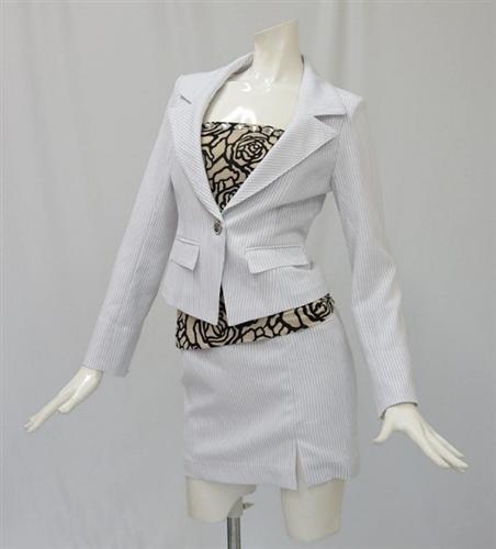 【あす楽対応】【新作スーツ】10483 バラ柄チューブトップ付き JK SK 3点スーツ・キャバスーツ【9号、11号】
