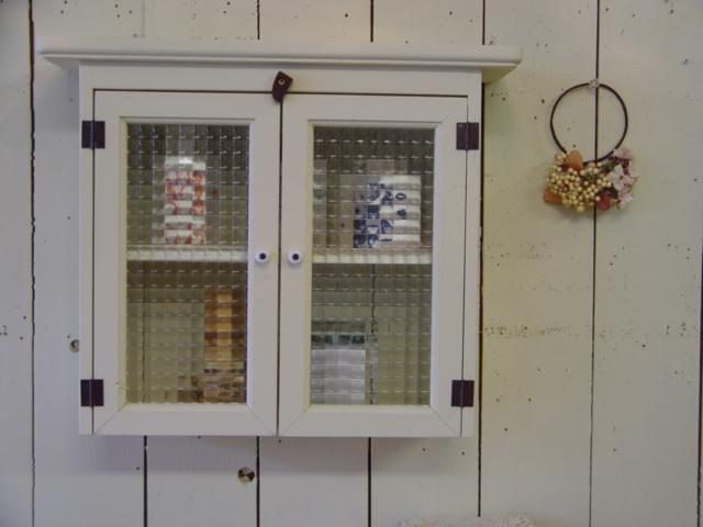 アンティークホワイト フランス製チェッカーガラスのキャビネットシェルフ(フラットタイプ) 受注製作