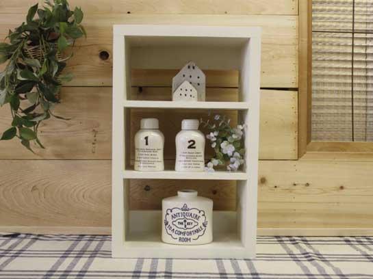 三段シェルフ 木製 ひのき アンティークホワイト  スパイスラック ニッチ用 木製棚 受注製作