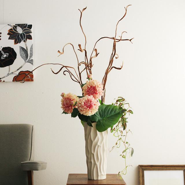 ローナダリアとアジサイのアレンジ(花器付き)【送料無料】