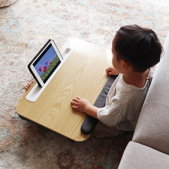 正規品送料無料 膝上テーブル メーカー直売 タブレットスタンド ユートリム 広々ひざ上デスク どこでもデスク 裏面クッション アームレスト付 utlim