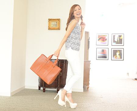 【送料無料】ビジネスバッグ レディース 大容量 A4  B4 自立型 営業 キャリア 女性用 通勤用 リクルート おしゃれ 高級 日本製