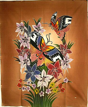 現代アートバティック縦M『花と2羽の蝶々』ブラウン [75x92cm] アジアン 雑貨 バリ 雑貨 タイ 雑貨 アジアン インテリア 【ゆうパケット対応】