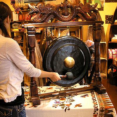 アジアの楽器 ゴング 銅鑼 どら ドラ 大 H.90cm 打楽器 民族楽器 竜の彫刻 アジアン 雑貨 バリ 雑貨 タイ 雑貨 アジアン インテリア