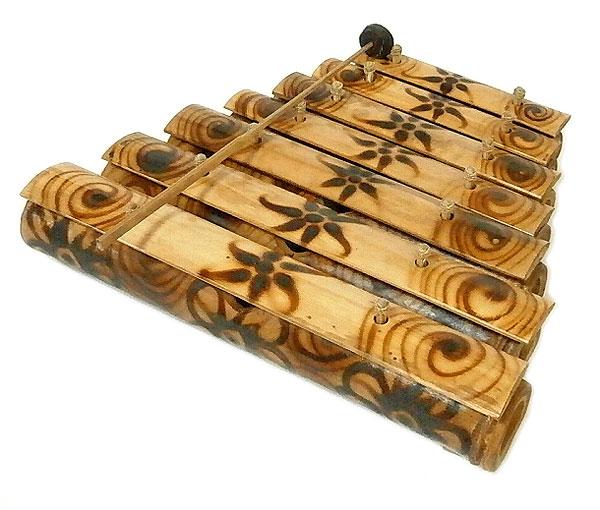 アジアの楽器 バンブーの竹琴(ガムラン) 焼き模様 7連 アジアン 雑貨 バリ 雑貨 タイ 雑貨 アジアン インテリア
