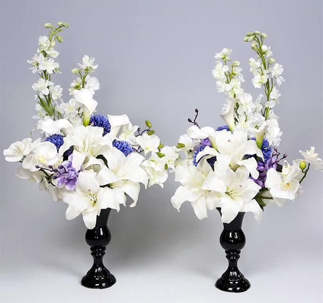 今までの造花の概念とは異なるアートフラワー 高級造花 を使用してアレンジした一対の仏花です この上ない存在感と美しさです 仏壇用 造花 新作入荷!! カラコレス メモリアルアートフラワー 一対 仏花 葵 お得クーポン発行中