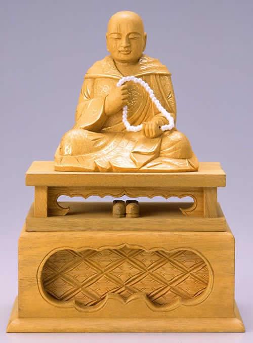 仏像 親鸞聖人 3.0寸 樟製 【適合宗派:浄土真宗】