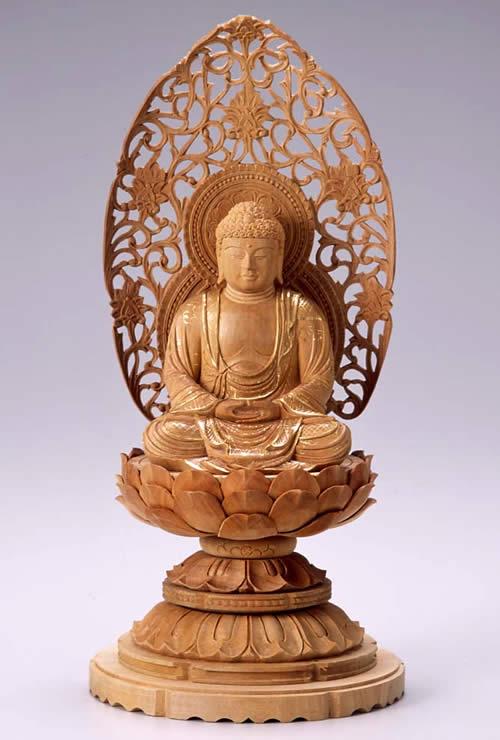 仏像 釈迦如来 座釈迦 3.0寸 白檀製 丸台座【適合宗派:臨済宗、曹洞宗、天台宗、日蓮宗等】