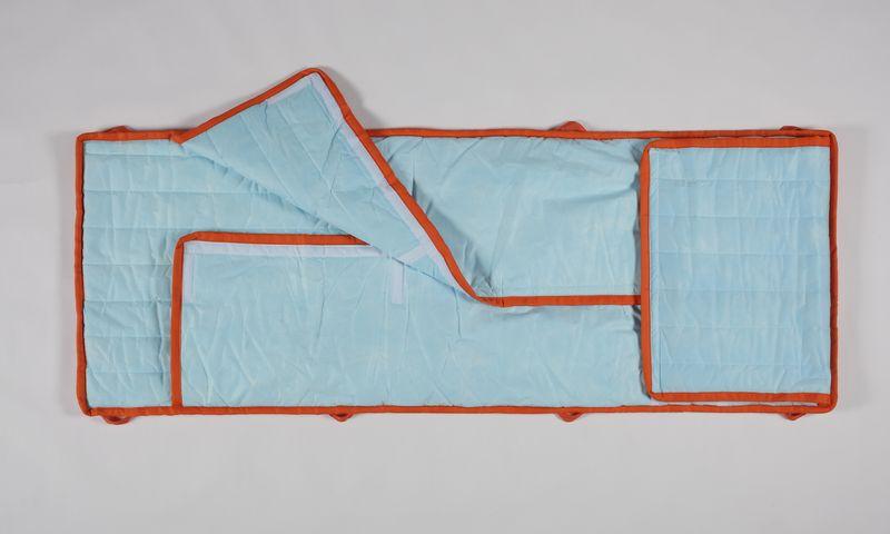 寝袋付き担架