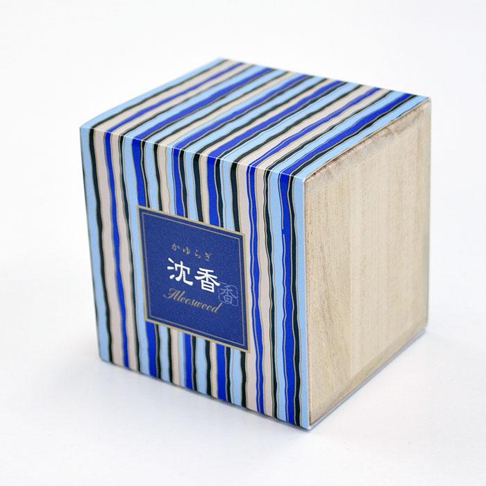 伝統的な香り 洗練された深みのある伝統的な香り 人気のかゆらぎシリーズ 沈香の香り コーン12個入り 室内香 日本香堂 お香 空気循環 ポイント10倍 スーパーSALE インセンス 買物 内祝い 香道 換気 コーン コーンタイプ
