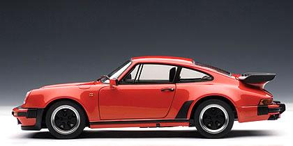 Autoart 1/18 Porsche 911 (930) Turbo 3.3 Red