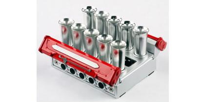 オートアートデザイン V10 エンジン ネームカードホルダー