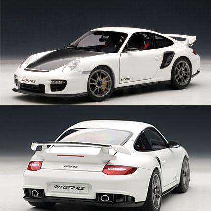 オートアート 1/18 ポルシェ 911 (997) GT2 RS ホワイト