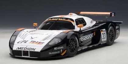 オートアート 1/18 マセラティ MC12 FIA GT1 No.33 ヘーガースポーツ 2010 (A.ヘーガー/A.ミュラー)