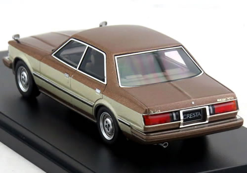 History 1/43 Toyota Cresta Super Lucent (GX51) 1981 Grand street turning