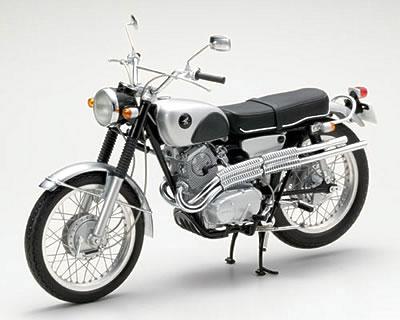 エブロ 1/10 ホンダ CL72 1962 シルバー/ブラック