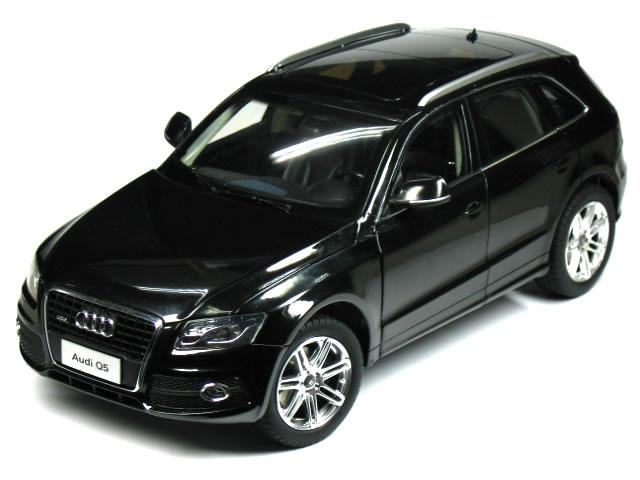 PAUDI 1/18 Audi Q5 2010 ブラック