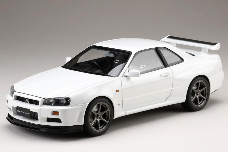 Hobby JAPAN 1/18 日産 スカイライン GT-R (BNR34) Vスペック 1999 前期型 ホワイト