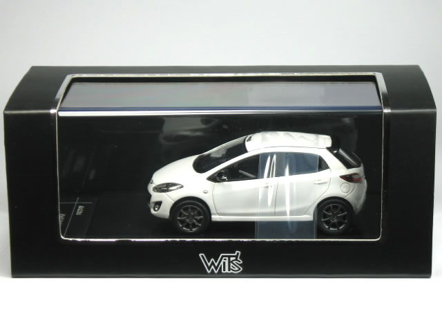 WIT'S 1/43 Mazda Demio shooting star sports crystal white pearl squid