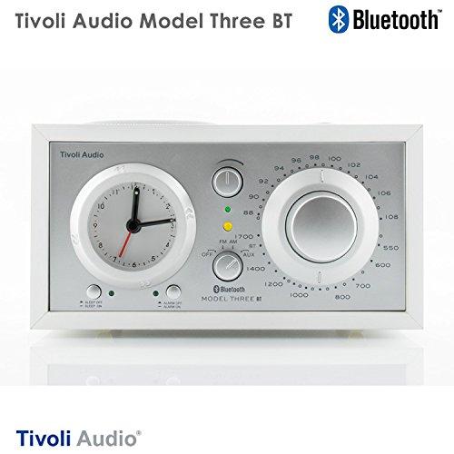 チボリ Tivoli アラームクロック付 テーブルラジオ・スピーカー Model Three BT ホワイト/シルバー M3BT-1774-JP モデルスリー BT ブルートゥース Bluetooth ワイヤレス iPod 外付スピーカー M3BT-1774-JP お中元 おしゃれ かわいい アラームクロック付 テーブルラジオ・スピ