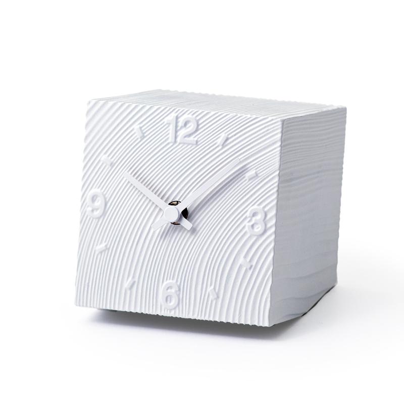 【500円クーポン対象】レムノス cube ホワイト 置き時計 壁掛時計 壁掛け AZ10-17WH おしゃれ かわいい Lemnos 日本製 モダン 北欧スタイル cube ホワイト 置き時計 壁掛け時計 見やすい レトロ 時計 壁掛時計 誕生日 結婚祝い 出産祝い 引越し祝い 改装祝い 送別 退職 内祝