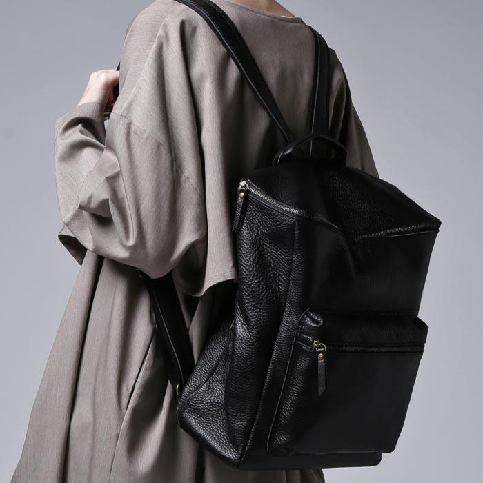 5d326d7a2bc2 本革 リュック 革 デザイン 大容量 シンプル バッグ 鞄 風合い 大人 お洒落 antiqua アンティカ風合いの良さを味わう。otona思考本革 デザインリュック・20時~再再販。