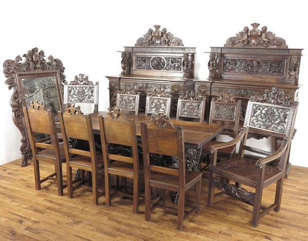 ルネッサンス様式ダイニング14点セット イタリアアンティーク家具 非常に希少なお品 お店のディスプレイに 63012