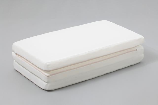 日本アトピー協会推奨 E-CORE(イーコア) ベビー用マットレス三つ折 「カバー付き」