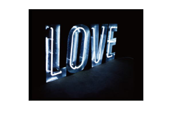 【アメリカン雑貨】インパクトサインネオン【WHITE】【LOVE】【ネオンチューブ】【ネオンライト】【電飾】【看板】【アメリカ雑貨】【ライト】【ブリキ看板】【インテリア】【アメリカ】【USA】【カフェ】【かわいい】【おしゃれ】