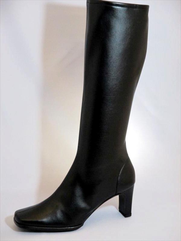 イベントなどの衣装として人気な当店定番の7cmヒールのブーツです 筒丈約36cm Lサイズ 筒幅約33cm でストレッチ素材のブーツになります 豊富な品 イベント用黒ブーツ7cmヒール イベント 衣装 ストレッチ 定番 注文後の変更キャンセル返品 ブラック 人気 黒 コンパニオン ハイヒール ブーツ
