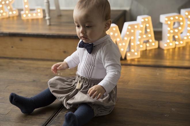 ホワイト地にピンタックをあしらい 蝶ネクタイ ◆高品質 フォーマル MARLMARL マールマール bodysuits1 pintuck white 70 クーポン除外品 セール baby 時間指定不可 for 80 ボディ