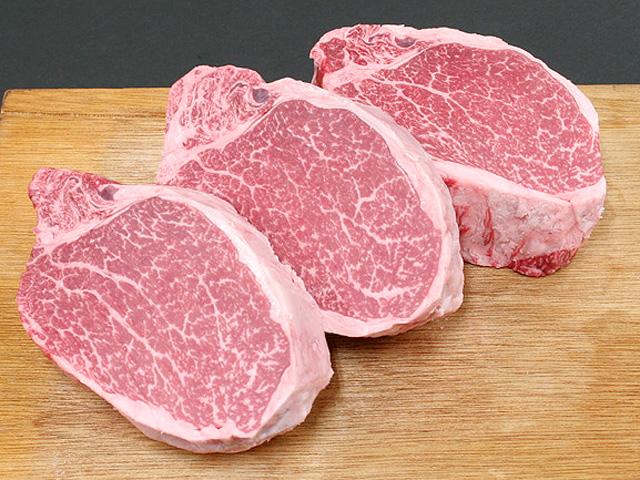 [クール便]青森県産田子牛ヒレ肉(150g×3枚)特上ステーキ用(クール便発送)【肉の博明】
