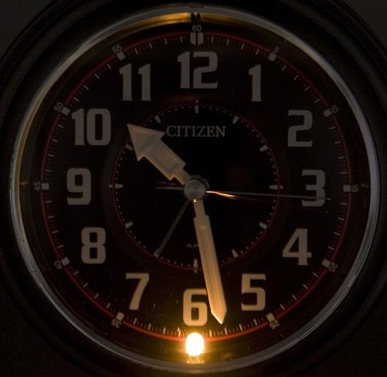 Citizen-loud alarm clock バトルワン Z 4RA445N08 ( gremetarick ) alarm clock / alarm clock